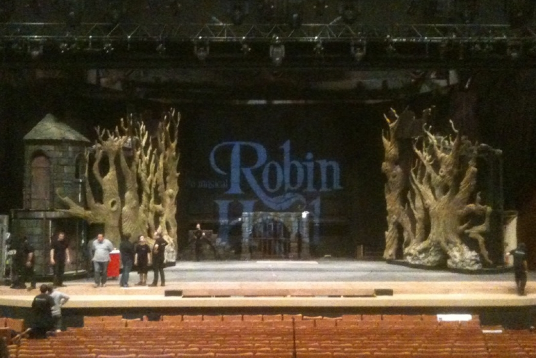 Robin Hood decor 2012