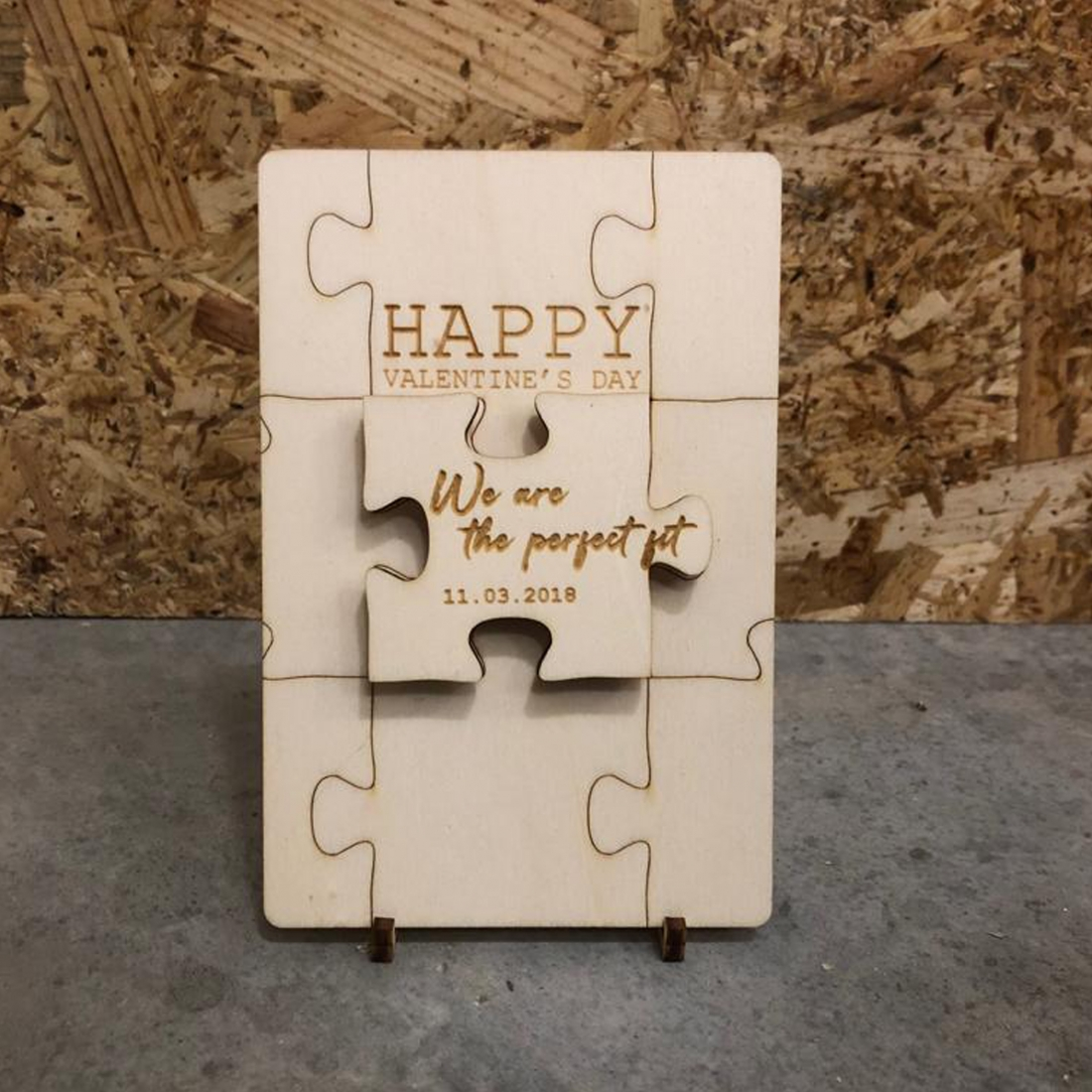Valentine card with magnet